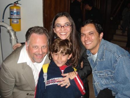 Harmonica Todd, Andrea, Tomás (nuestro hijo) y yo (Bogotá, 9 de noviembre de 2008)
